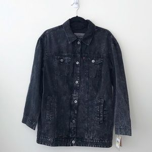Levis Oversized Canvas Trucker Jacket